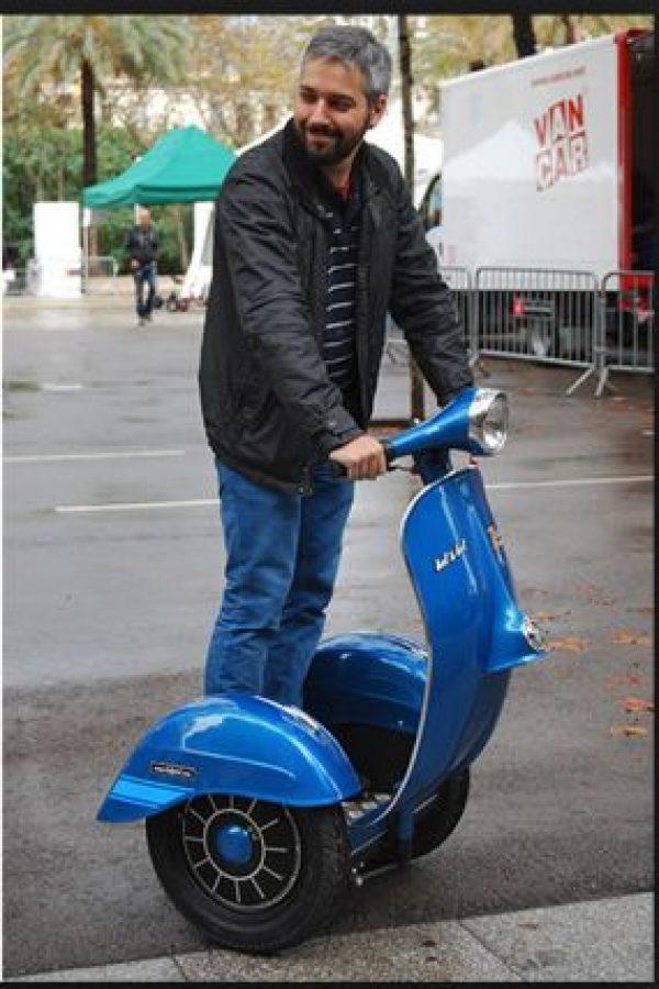 El Segway es el primer dispositivo de transporte con autobalanceo Foto:Motoblog