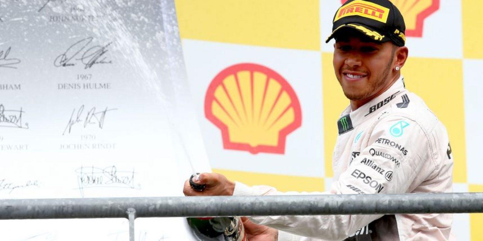 3. Lewis Hamilton (Mercedes): 28 millones de dólares. Foto:Getty Images