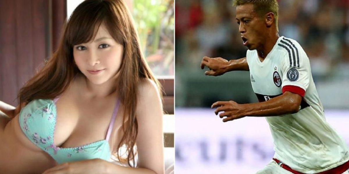 Fotos: Bella modelo japonesa que sueña tener una cita con Honda
