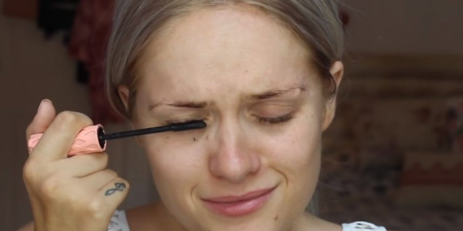 El maquillaje la impulsó a salir adelante. Foto:vía Instagram/jbone89