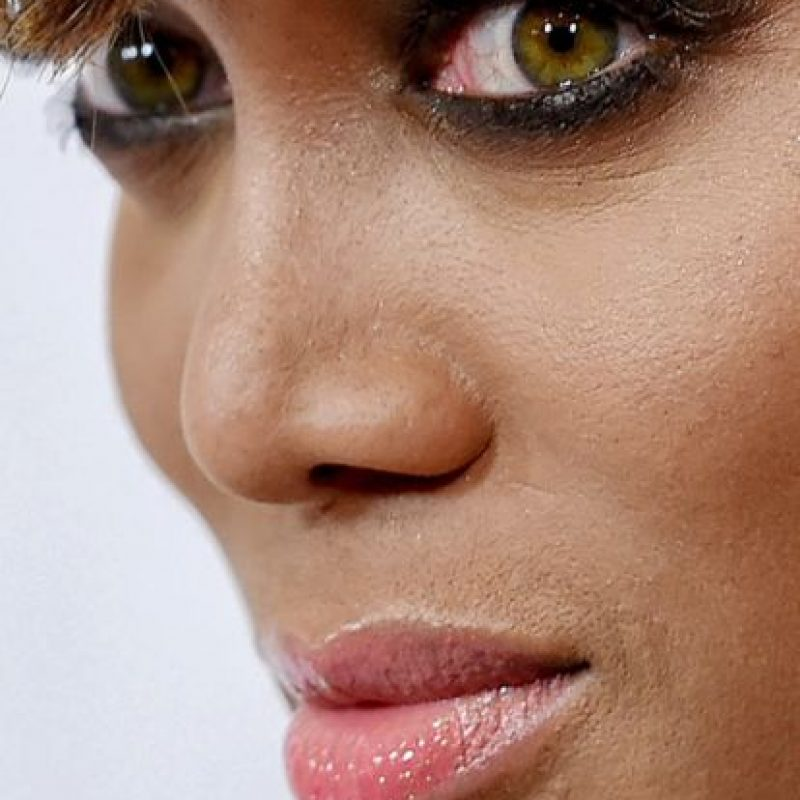 Las imperfecciones de Tyra Banks. Foto: vía Celebrity Closeup/Tumblr