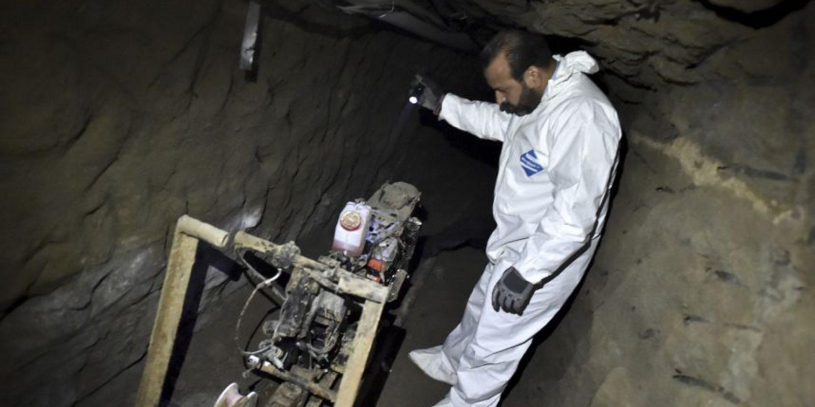 Utilizó una motocicleta de tracción en el túnel para huir Foto:AFP
