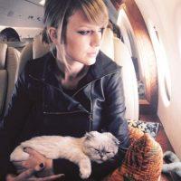"2.2 millones de ""likes"" Foto:vía instagram.com/taylorswift"