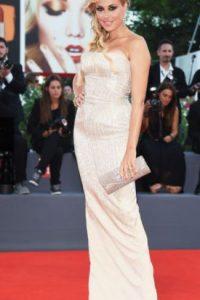 El problema es el material y el ajuste del vestido. Foto:vía Getty Images