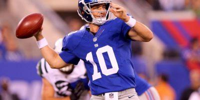El hermano menor de los Manning gana más que Peyton. Al año genera 19.75 millones de dólares, solo por su actividad en el emparrillado Foto:Getty Images