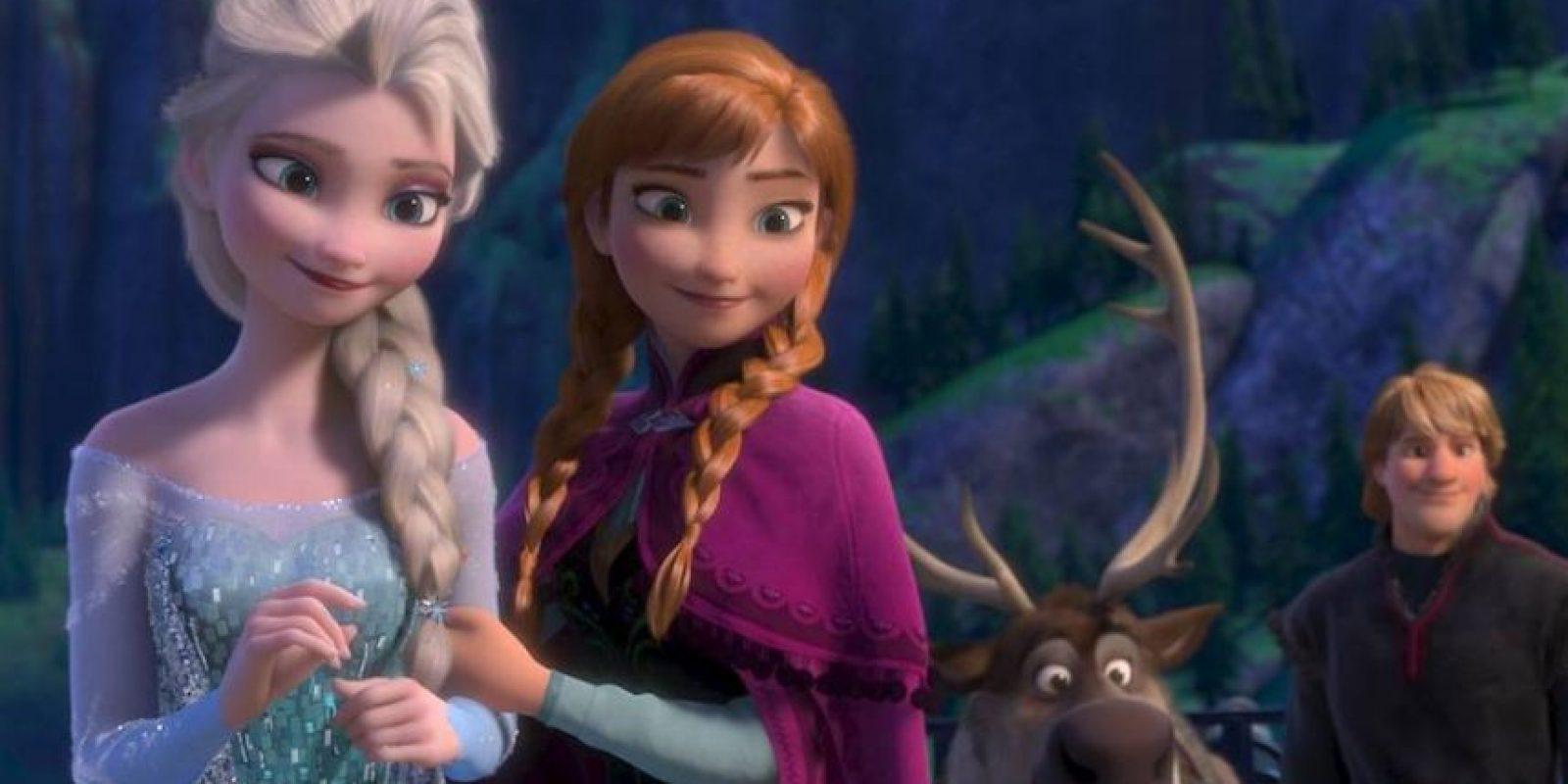 """El director de la cinta animada agregó: """"Digo, lo que la gente quiera leer, adelante. Si quieres conectarlas todas, pues hazlo"""". Foto:vía facebook.com/DisneyFrozen"""