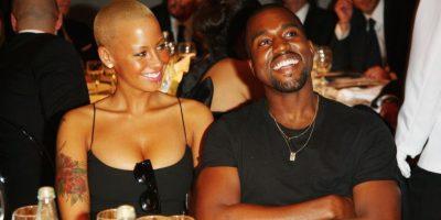 Un feliz momento de pareja Foto:Getty Images
