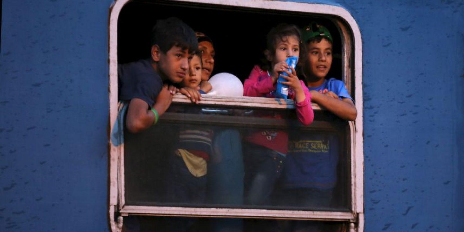 Todas aquellas personas que no nacieron en un país de la Unión Europea, o quienes no tengan patria, y que se nieguen a regresar a su país por temor a ser perseguido. Foto:Getty Images