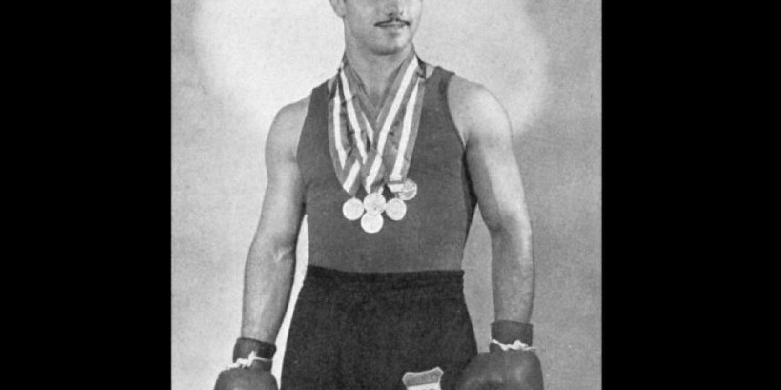 El húngaro ganó tres medallas olímpicas y en el sector profesional consiguió 27 triunfos y dos empates Foto:Twitter