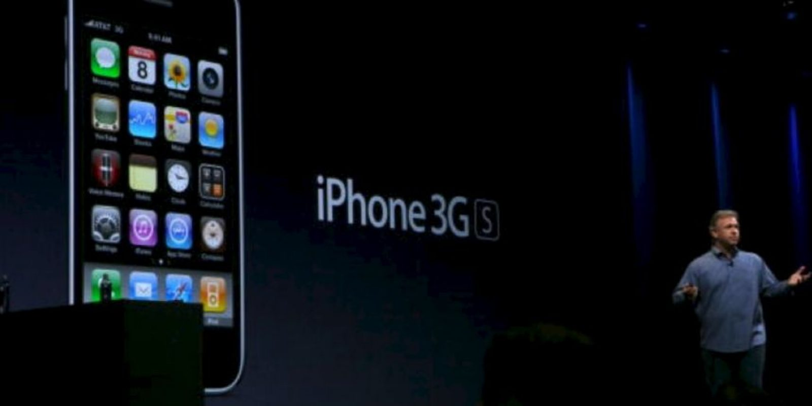 Phil Schiller, vicepresidente de Apple, presentó el iPhone 3GS el 8 de junio de 2009 en la WWDC Foto: Getty Images