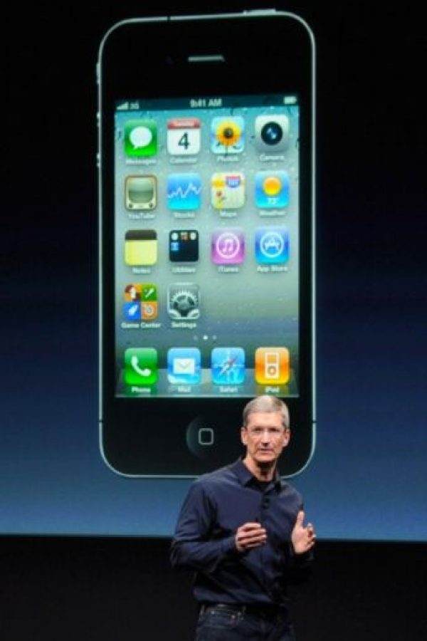 Tim Cook, actual CEO de Apple, presentó el iPhone 4s el 4 de octubre de 2011 Foto: Getty Images