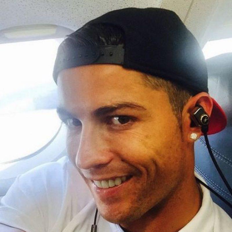 Cristiano Ronaldo es un hombre de negocios. El astro portugués sabe manejar su fortuna y la invierte en varios proyectos empresariales. Foto:Vía instagram.com/Cristiano