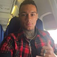 Dice que una vez más lo incluyeron sin sus tatuajes. Foto:twitter.com/Gvanderwiel