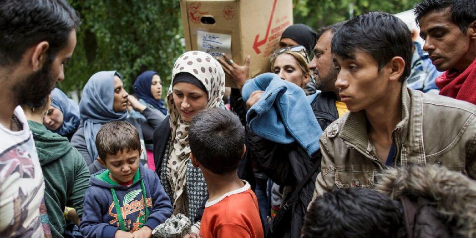 """""""Muchas de las personas que rescatamos huyen de la guerra, la opresión y la tortura; otras, de la pobreza, la persecución y las violaciones de los derechos humanos. Todas ellas quieren una vida mejor y más segura"""", destaca MSF. Foto:Getty Images"""