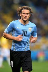 """En marzo de 2015, el goleador """"charrúa"""" anunció su retiro de Uruguay """"para darle paso a las nuevas generaciones"""". Foto:Getty Images"""