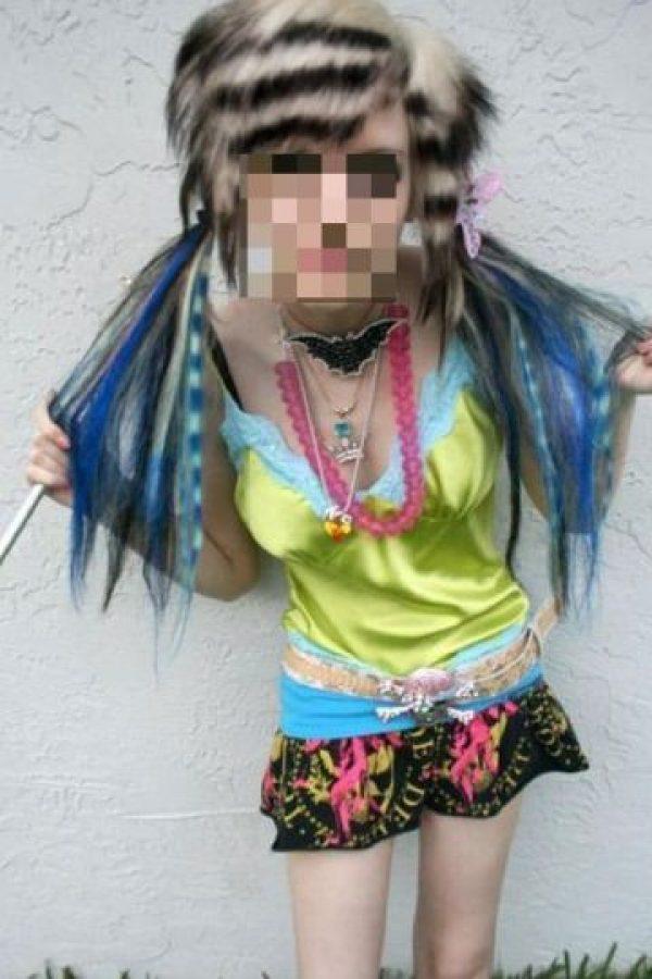 Pueden enjuagar su pelo con vinagre. Foto:vía HairFails.com