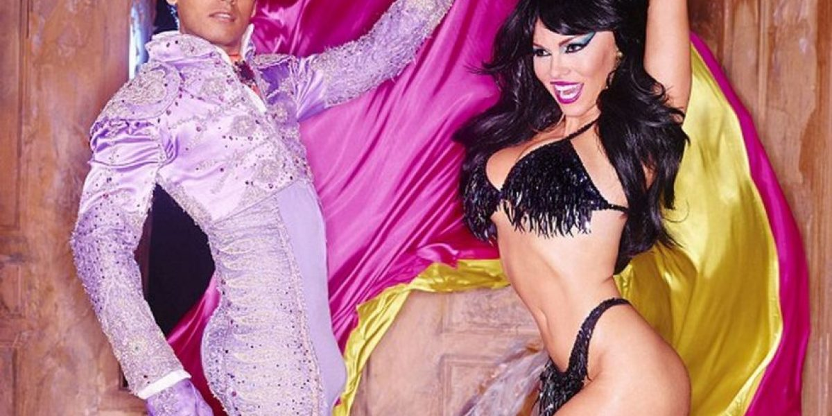 Pamela Anderson posó totalmete desnuda para la revista
