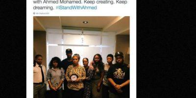 La revista Ebony Magazine también mostró su solidaridad con el adolescente Foto:vía Twitter