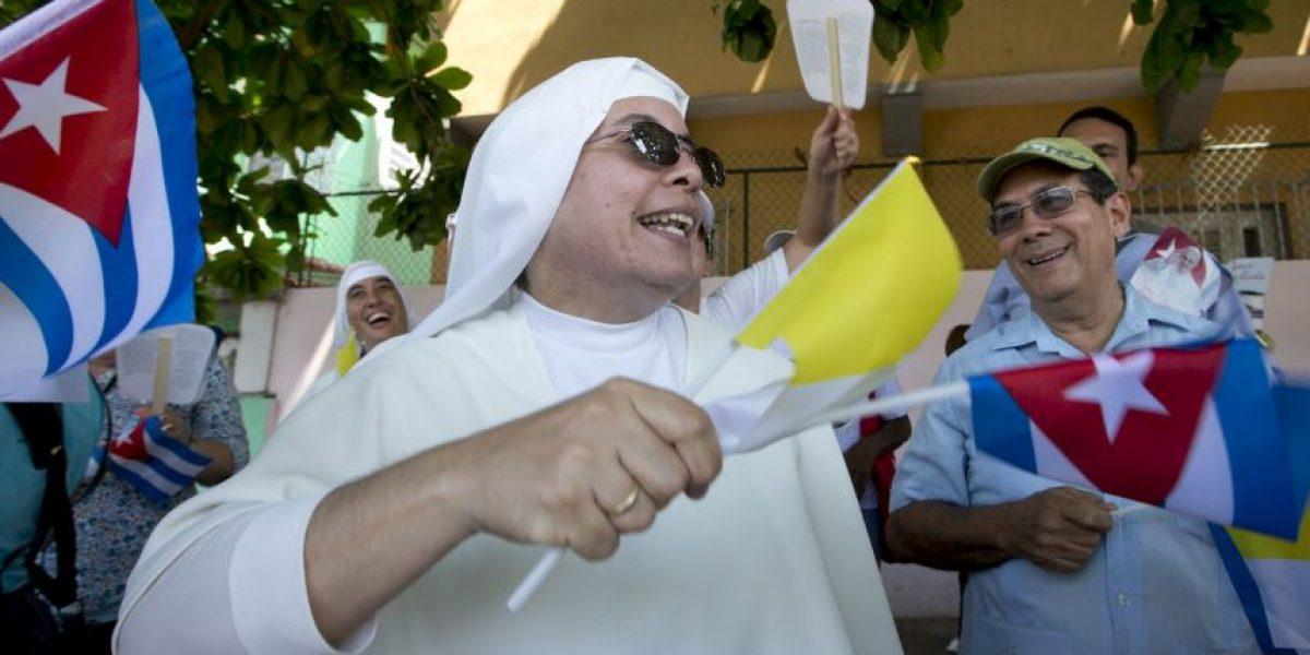 Miles de periodistas llegan a Cuba para cubrir histórica visita papal