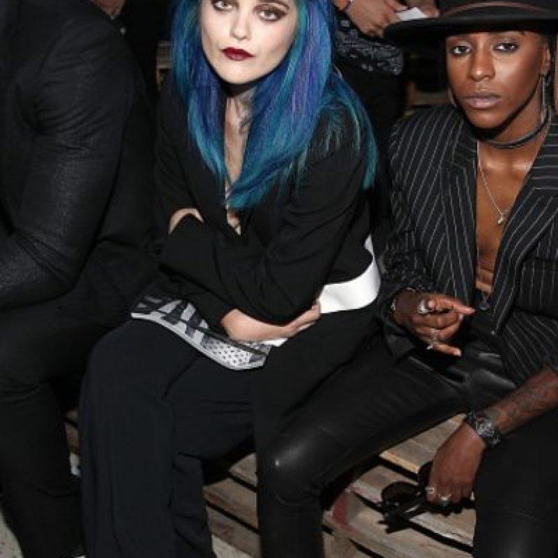 """""""Porque el grunge es el nuevo negro"""". Foto:vía Getty Images"""