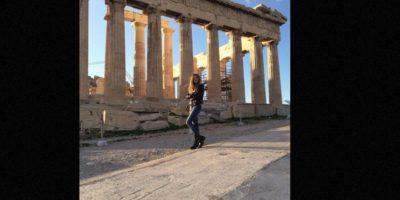 La mujer de 21 años llamó la atención de sus compañeros cuando publicó en redes sociales imágenes de sus viajes. Foto:vía Facebook/ Angelina Doroshenkova