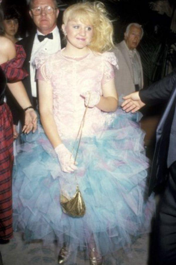 Tina Yothers en 1986 mostrando que las películas de adolescentes estaban de moda, incluidos sus vestidos de fiesta. Foto:vía Getty Images