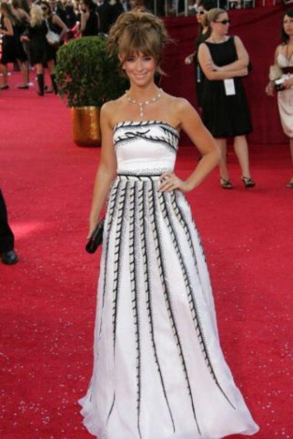 Jennifer Love Hewitt en 2008. Compró una bonita tela en una tienda de decoración y he ahí un vestido de prom. Foto:vía Getty Images