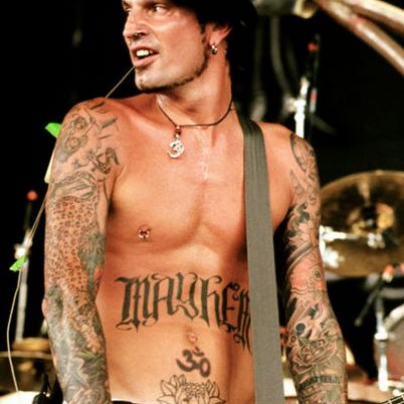 Tommy lee's father's day message draws wrath