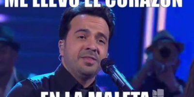 """La última emisión de """"Sábado Gigante"""" estuvo llena de agradecimientos por parte de todas las celebridades que Don Francisco impulsó en el programa. Luis Fonsi comenzó con su intervención. Foto:vía Twitter/Univision"""