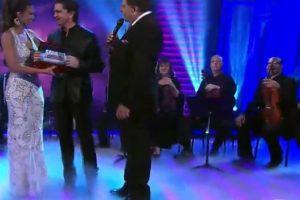 Recibió un reconocimiento por parte de Don Francisco. Foto:vía Twitter/Univision