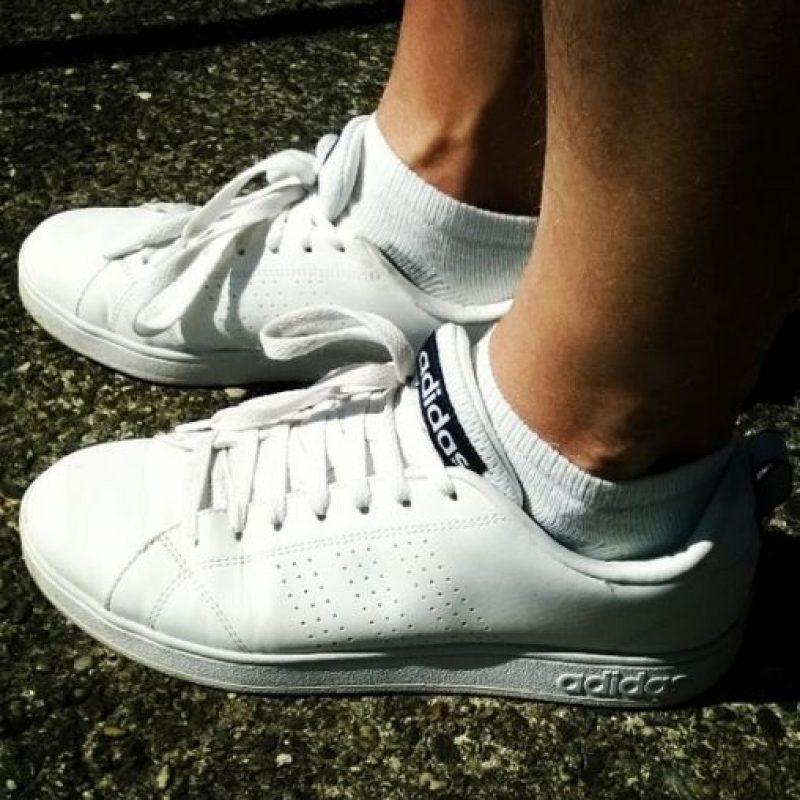 Un corredor sale con los primeros zapatos deportivos que encuentran, ya sean de fútbol, basquetbol o cualquier otro deporte. Foto:Vía instagram.com/explore/tags/running
