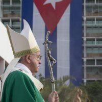 El papa Francisco llegó este sábado 19 a Cuba. Foto:AP