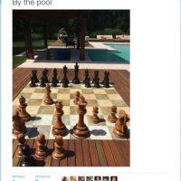 """""""En la piscina"""" Foto:Twitter.com"""