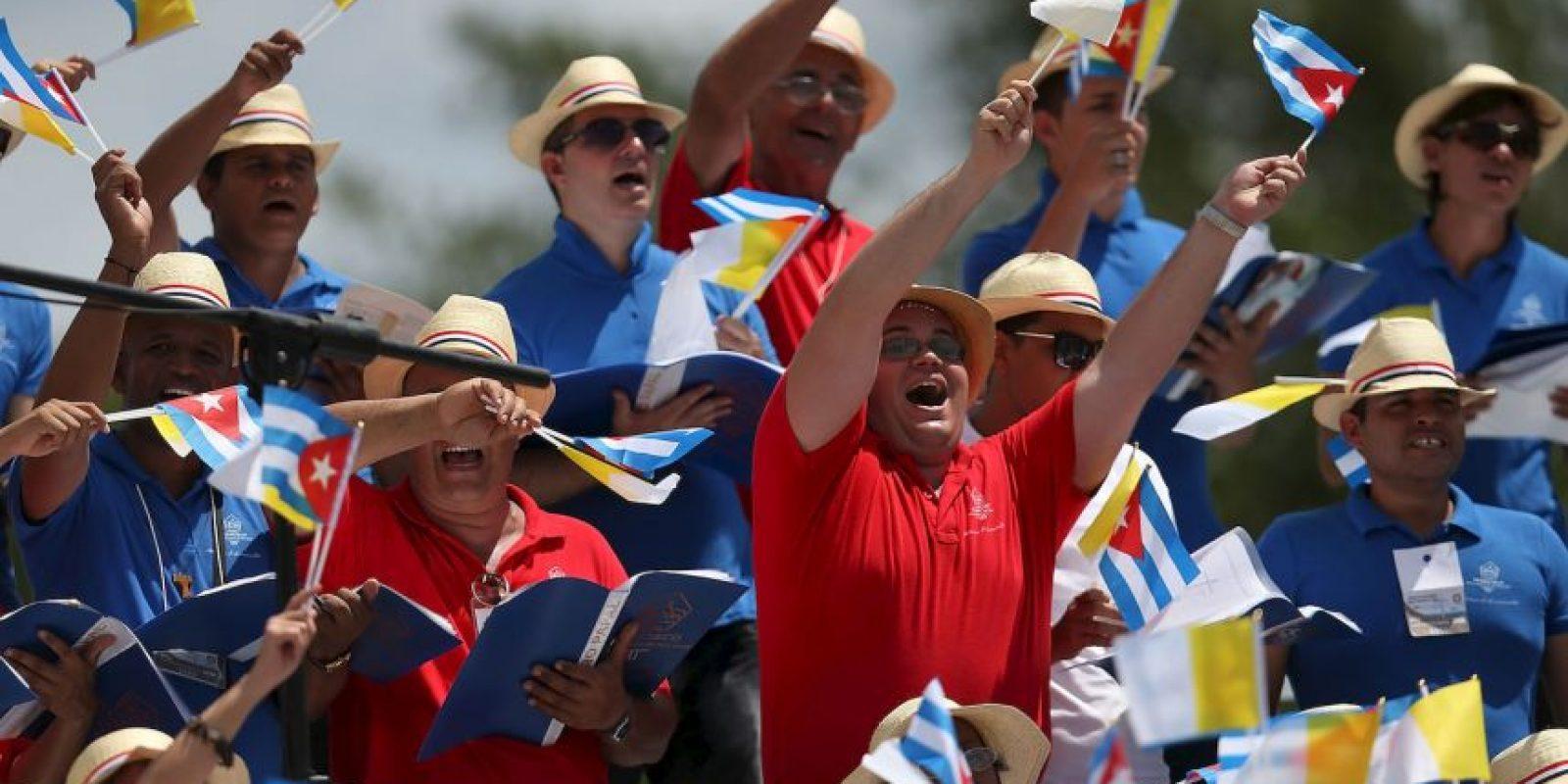 """8. """"Estamos matando la capacidad de unir, estamos matando la amistad social. Eso es lo que les pido a ustedes hoy, sean capaces de crear la amistad social"""", dijo el papa Francisco en Cuba. Foto:Getty Images"""