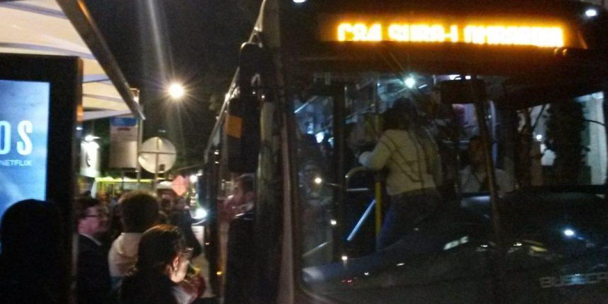 Fotos: Problemas en la calle 76 por falta buses duales de Transmilenio