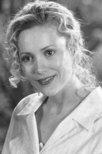 "Interpretó a la aventurera ""Ursula Stanhope"", quien se enamora de ""George"". Foto:IMDB"