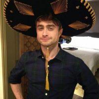 Dan también intentó el look de mariachi Foto:vía plus.google.com/+DanielRadcliffe