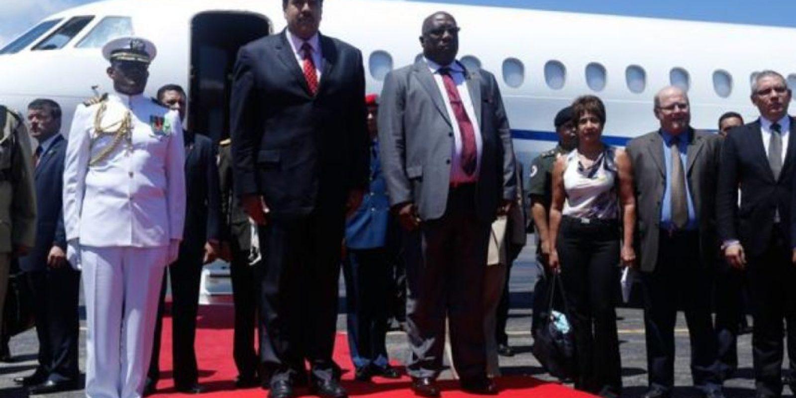Esta es la primera vez que Nicolás Maduro visita la isla caribeña. Foto:Vía Twitter @kchikmo