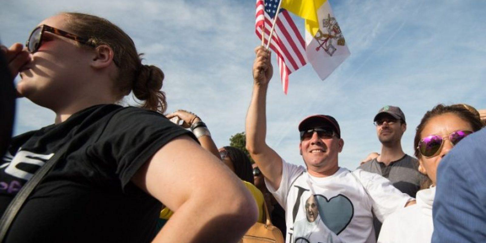 """""""Les pido que recen por mí. Y si entre ustedes hay quienes no creen o no pueden rezar, les pido por favor que me deseen cosas buenas"""", dijo a los asistentes al Capitolio Foto:AFP"""