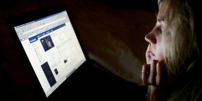 """De acuerdo con la página """"downdetector.com"""" existen 405 reportes de fallos en Facebook. Foto:Getty Images"""
