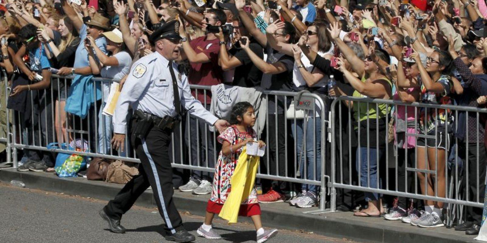 Sophia Cruz protagonizó una conmovedora escena con el Papa Francisco Foto:AP