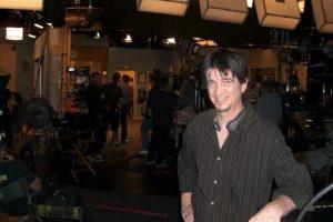 El actor ahora tiene 56 años y continúa su carrera como comediante de shows en vivo. Foto:vía twitter.com/mccurdywarp