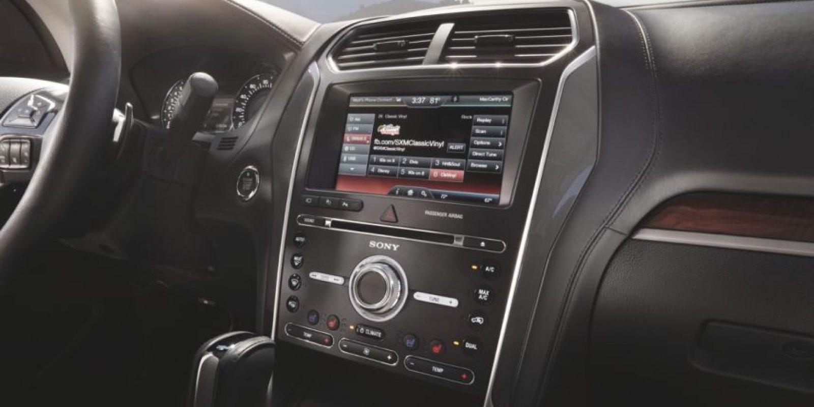 Así es el radio que incluye 13 parlantes. Foto:Cortesía Ford