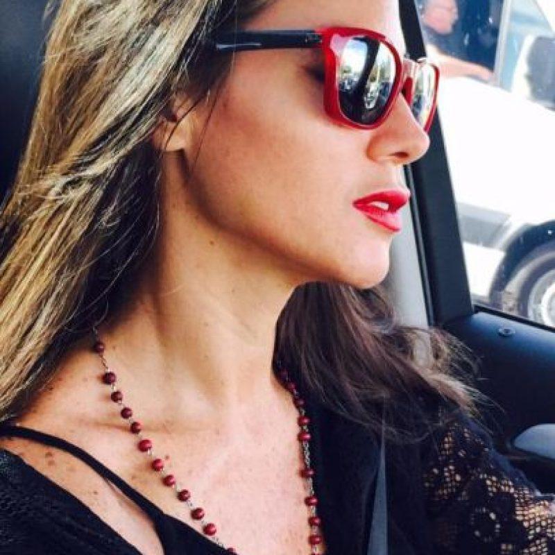 """En 2005, el """"Apache"""" tuvo una apasionada relación con la modelo argentina Natalia Fassi, quien elogió en varias ocasiones al futbolista como amante. Foto:Vía twitter.com/NataliaFassi"""