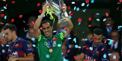 1. La lesión de Claudio Bravo Foto: Getty Images