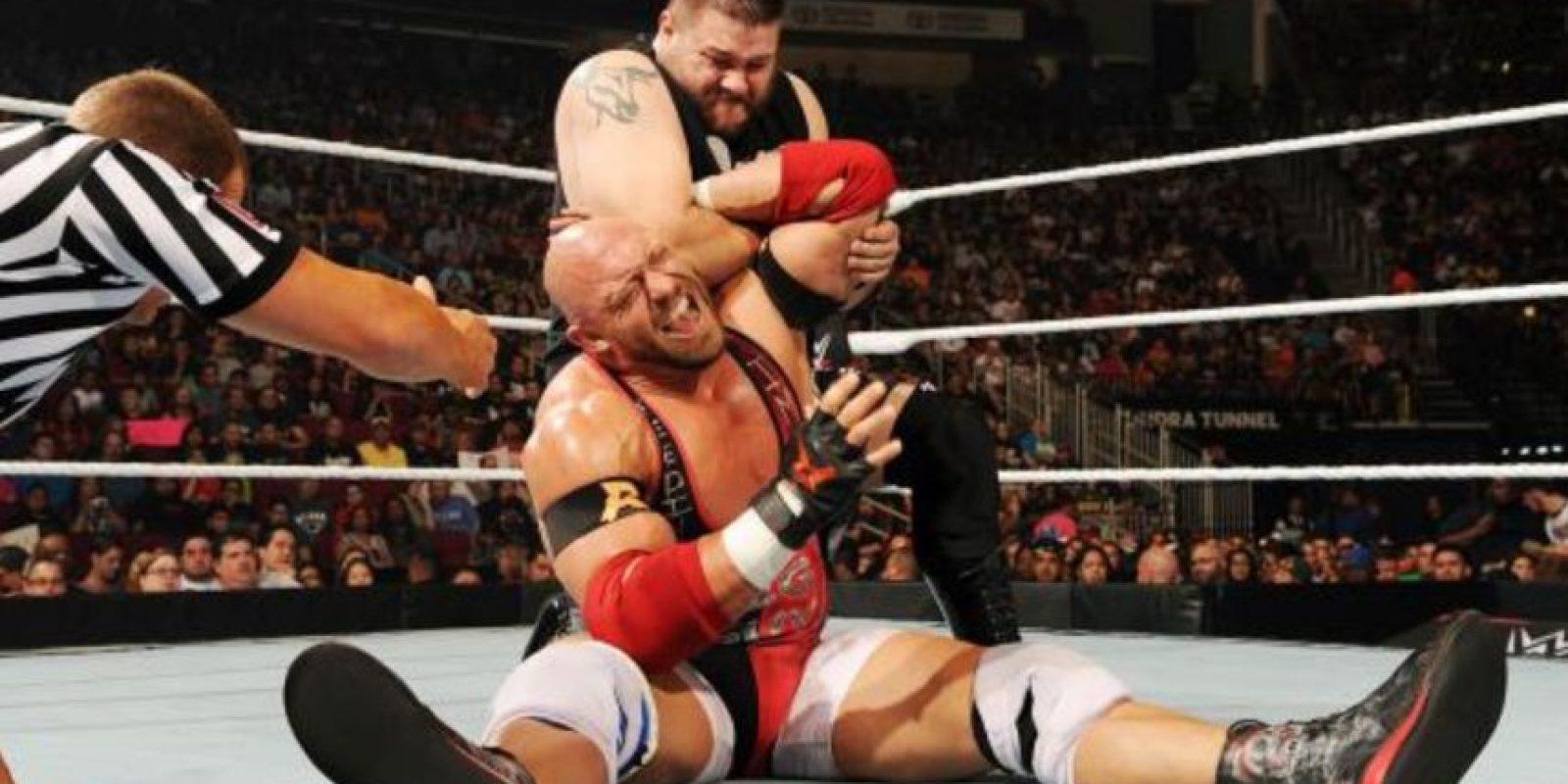 Fue la primera pelea de la noche. Foto:WWE.com