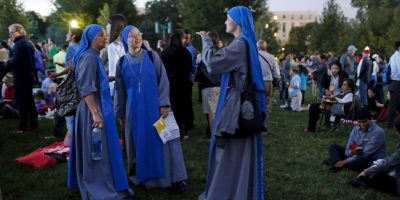 Al igual que personas religiosas Foto:AP