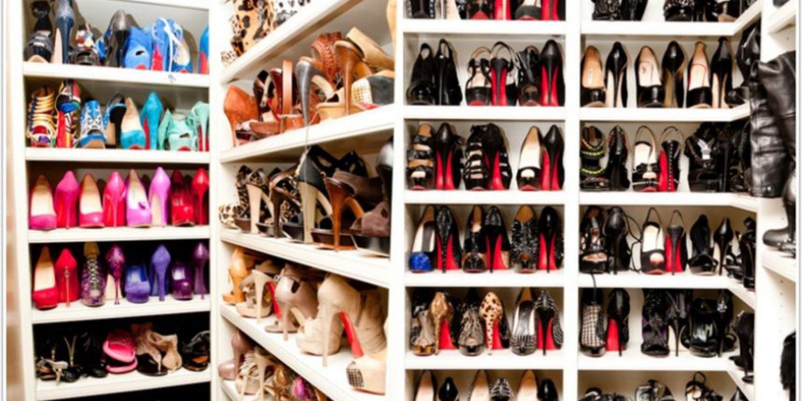 Tenía 300 pares de zapatos en su armario. Foto:vía Getty Images