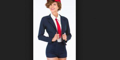 El disfraz se puede a completar con una peluca que se vende extra. Foto:Vía yandy.com