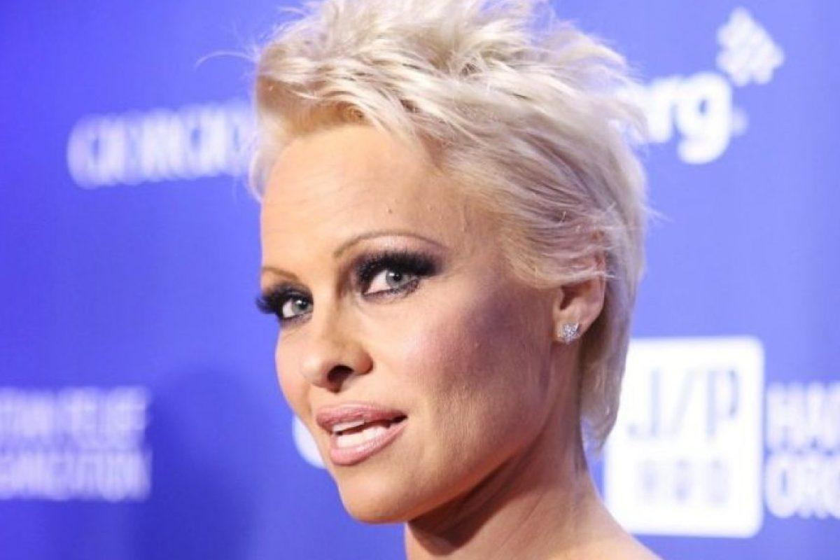 Pamela Anderson: Tiene dos, uno con Tomy Lee, su ex marido, y otro con Bret Michaels, vocalista de 'Poison'. Foto:Getty Images